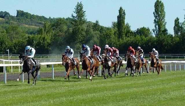 Pferderennen im Hippodrom - Grand National Wetten