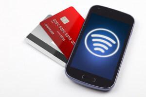 smartphone_handy_mobil_geld_cash_kreditkarte